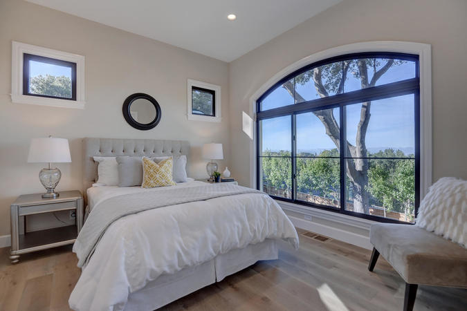 10880 magdalena rd los altos large 033 38 downstairs bedroom two 1499x1000 72dpi